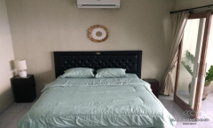 Image 1 from 1 Bedroom Townhouse For Yearly Rent in Kerobokan