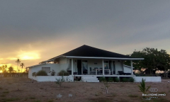 Image 1 from 2 Bedroom Beachfront Villa For Sale Freehold in Sumba