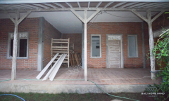 Image 1 from 2 bedroom villa for yearly rental in Batu Bolong