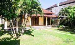 Image 2 from 2 Units of Villa Unfurnished For Sale Freehold in Berawa - Canggu