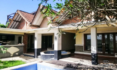 Image 1 from 2 Units of Villa Unfurnished For Sale Freehold in Berawa - Canggu
