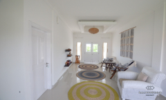 Image 3 from 3 Bedroom Townhouse For Long Term Rental in Berawa