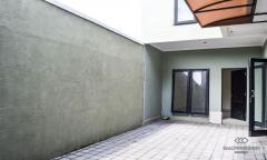 Image 1 from 3 Bedroom Townhouse For Monthly Rental in Kerobokan