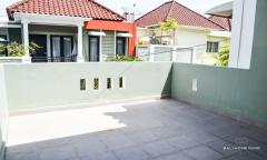 Image 2 from 3 Bedroom Townhouse For Monthly Rental in Kerobokan