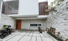 Image 3 from 3 Bedroom Townhouse For Sale & Rent in Berawa