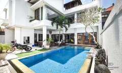 Image 2 from 3 Bedroom Villa For Yearly Rent in North Canggu
