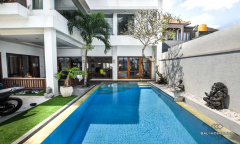 Image 1 from 3 Bedroom Villa For Yearly Rent in North Canggu