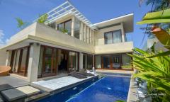 Image 1 from 3 Bedroom Villa For Rent Near Batu Bolong Beach