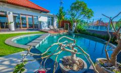 Image 1 from 3 Bedroom Villa For Sale in Berawa - Canggu