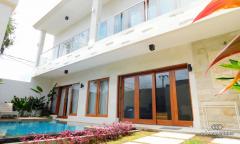 Image 1 from 3 Bedroom Villa For Sale Leasehold in Seminyak