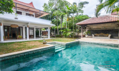 Image 1 from 3 Bedroom Villa For Yearly Rental & Sale Leasehold in Umalas
