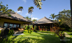 Image 1 from 4 Bedroom Beachfront Villa For Sale Freehold in Tabanan