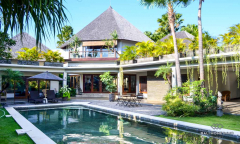 Image 1 from 4 Bedroom Villa For Sale Freehold in Canggu - Berawa