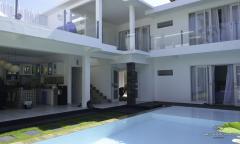 Image 1 from 4 Bedroom villa in Seminyak