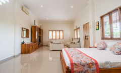 Image 2 from 5 bedroom villa for yearly rental in Seseh