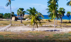 Image 3 from 6 Bedroom Beachfront Resort For Sale Freehold in Sumba
