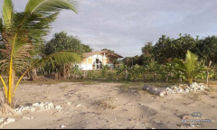 Image 1 from 6 Bedroom Beachfront Resort For Sale Freehold in Sumba