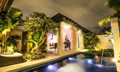 Image 3 from 6 Bedroom Villa Complex For Sale Leasehold in Seminyak