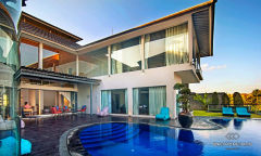 Image 1 from 6 Bedroom Villa For Sale Freehold in Pererenan