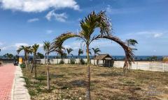 Image 3 from Beachfront land for sale freehold in Canggu - Batu bolong