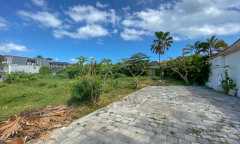 Image 1 from Land for sale freehold near Echo Beach