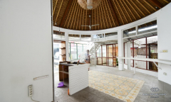 Image 3 from Shop & Offices For Yearly Rental in Berawa - Canggu
